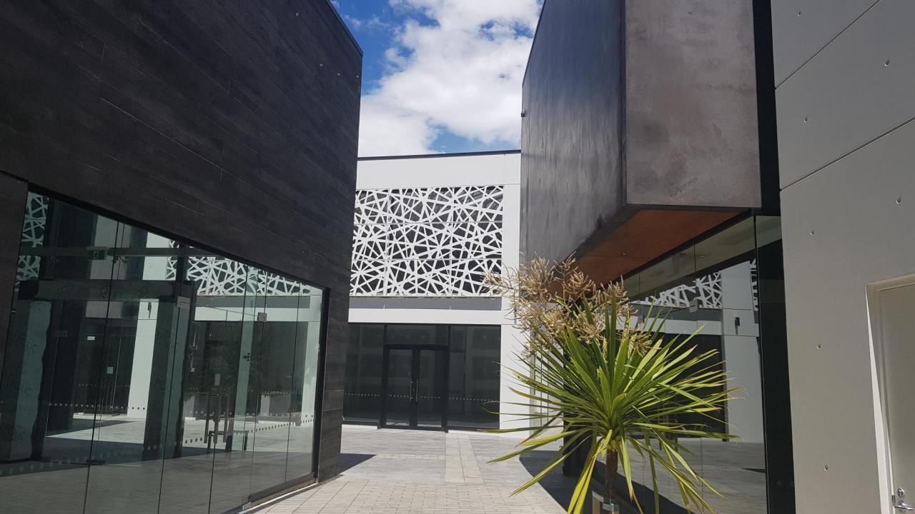 Building 1 Guthrey Centre, City