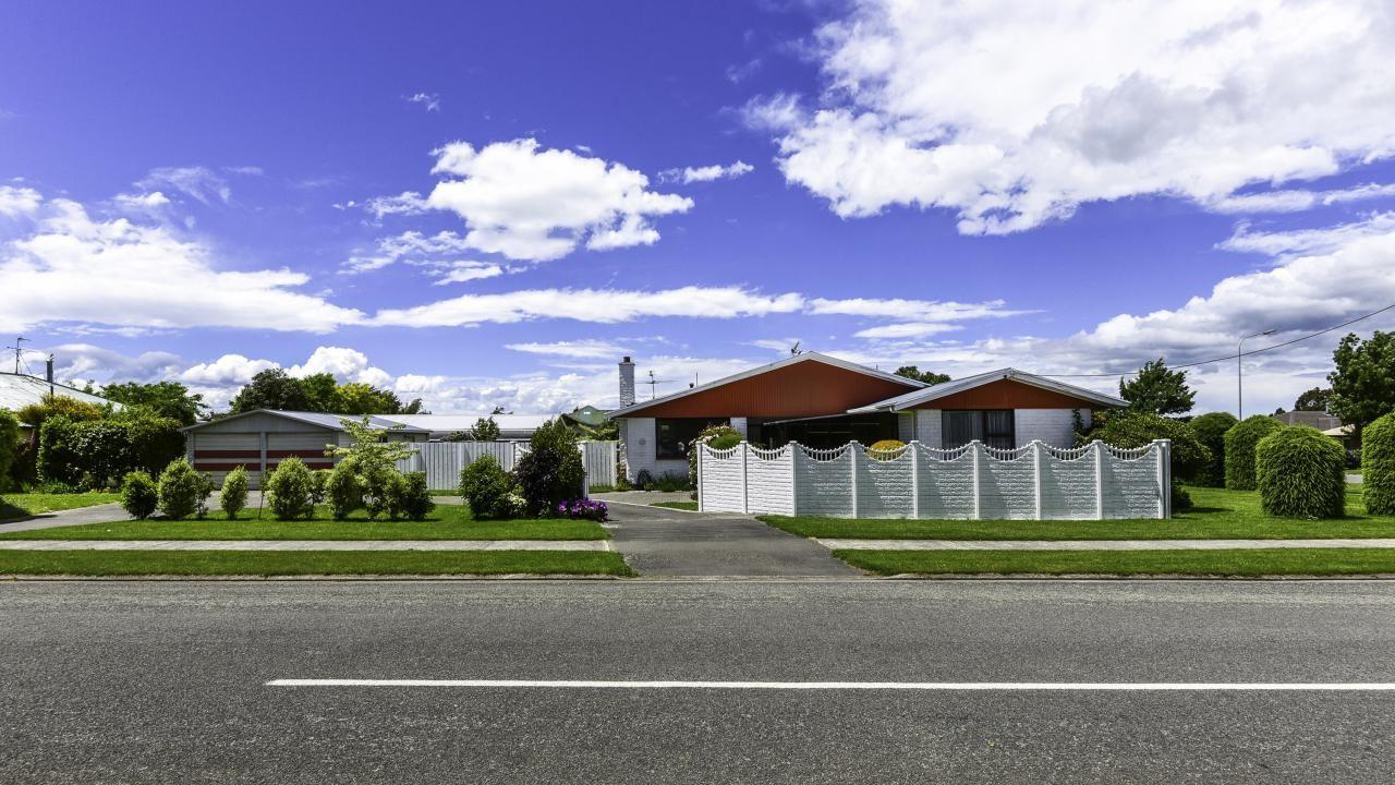 66 North Terrace, Darfield