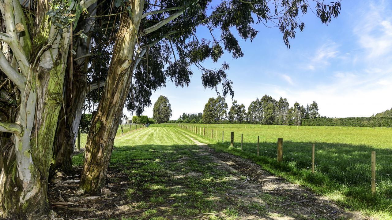 1580 Clintons Road, Darfield
