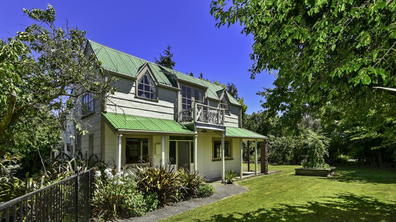 18 Coleman Place, Darfield