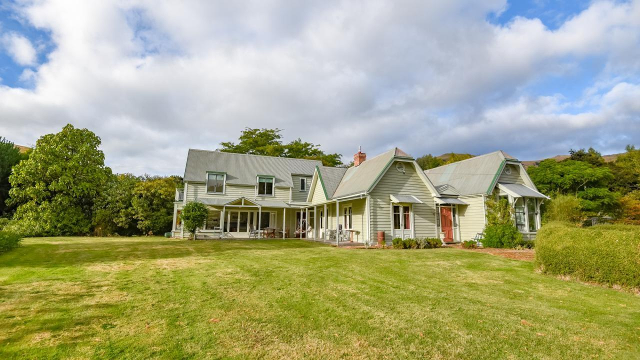252 Wainui Main Road, French Farm