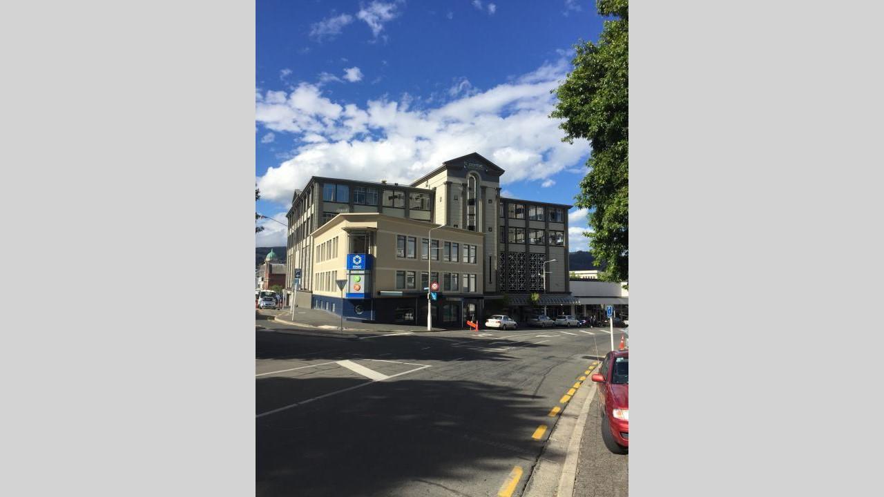 4/229 Moray Place, Central City