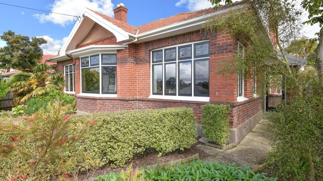 221 Musselburgh Rise, Andersons Bay