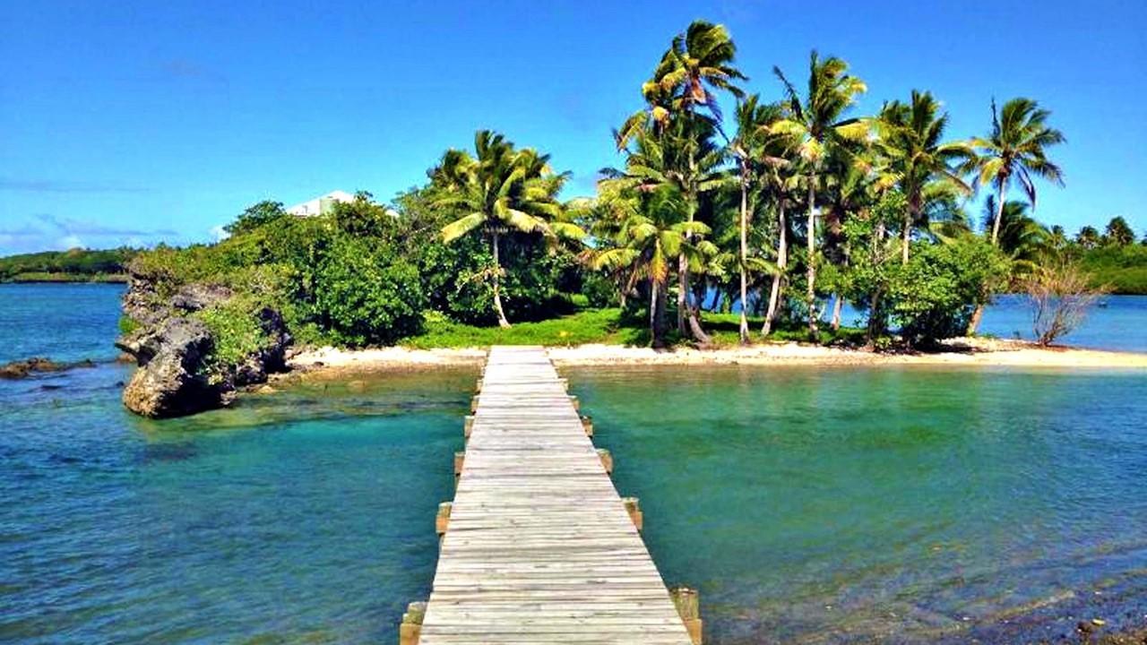 Mill Rock, Savusavu, Fiji