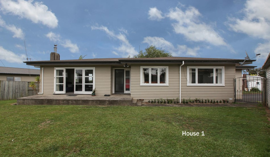 Investors - 2 houses on 1200m2 - 25 Gibson Road, Hamilton | Bayleys Realty Group
