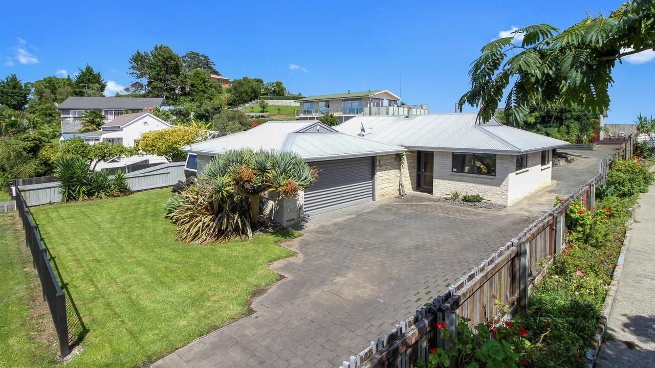 33 Russell Road, Huntly