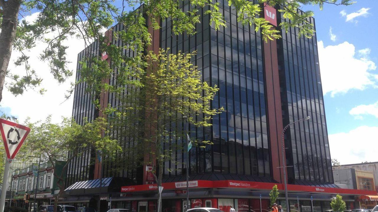 426-430 Victoria Street, Hamilton Central
